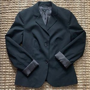 Sisley black blazer with two buttons